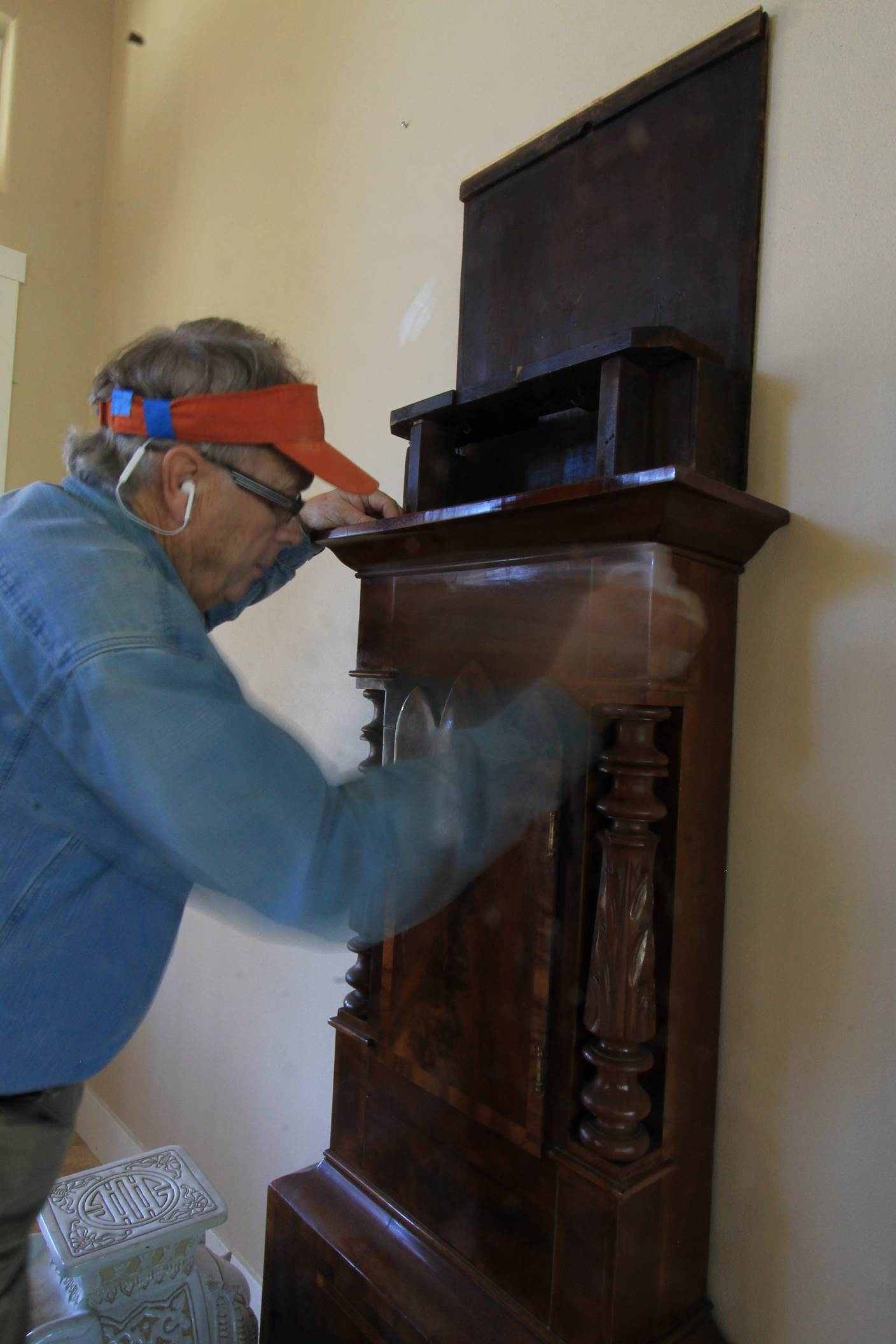 Furniture restoration seattle about ray spencer for Furniture refinishing seattle